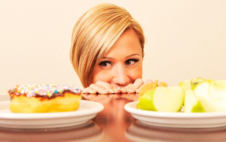 Cómo diferenciar el hambre físico del hambre emocional